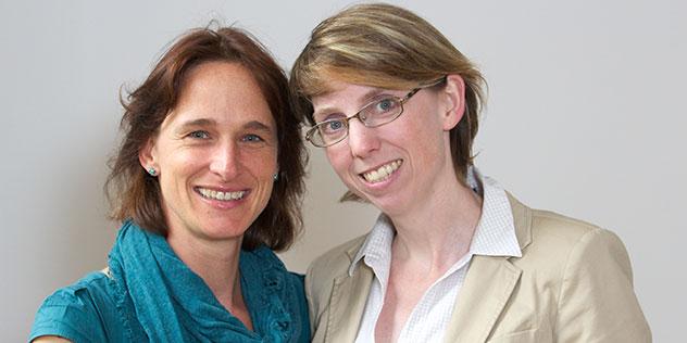 Referentinnen für Presse- und Öffentlichkeitsarbeit/Publizistik Andrea Seidel und Anne Lüters, Bild: © ELKB