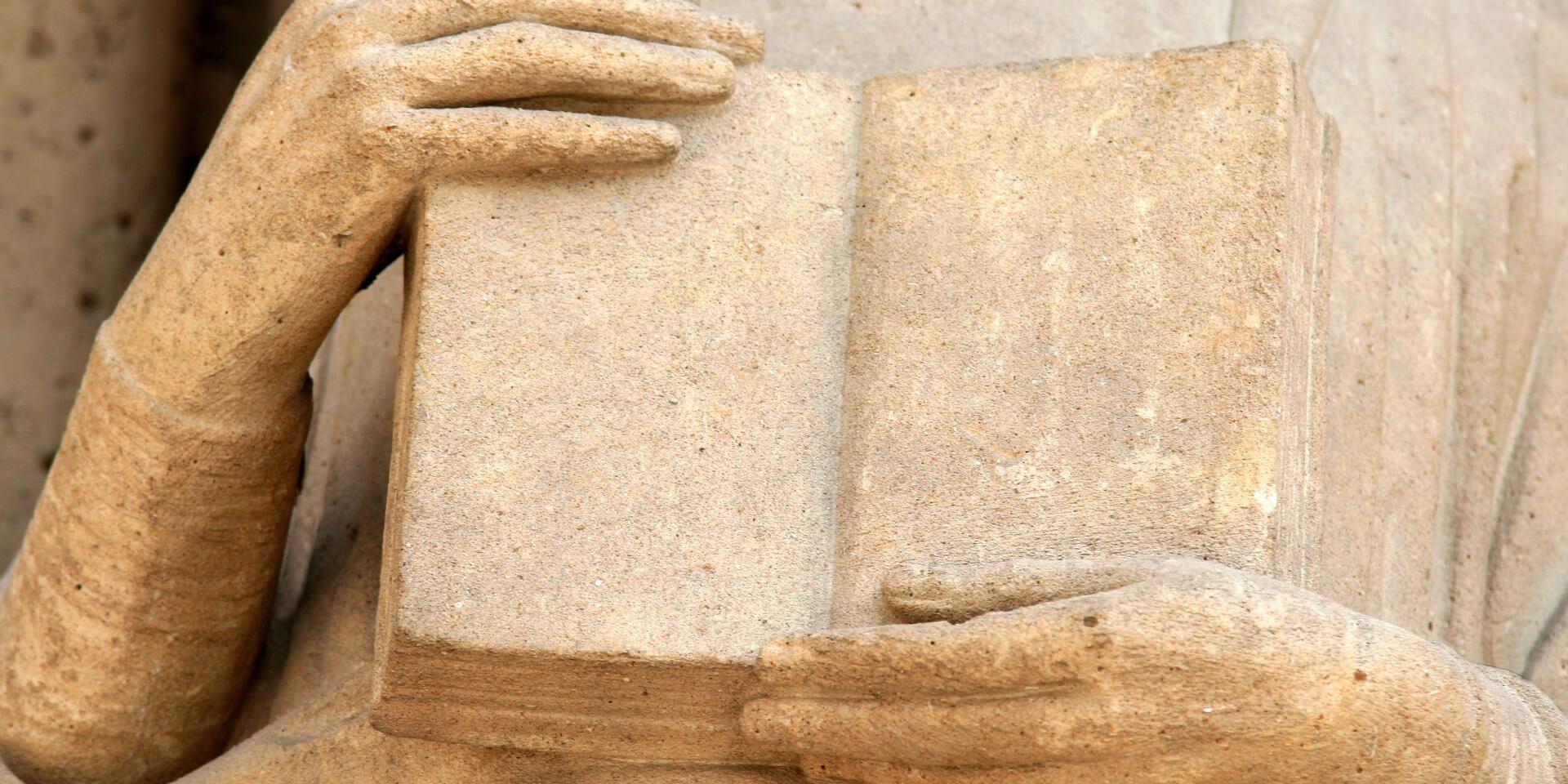 Statue aus Stein