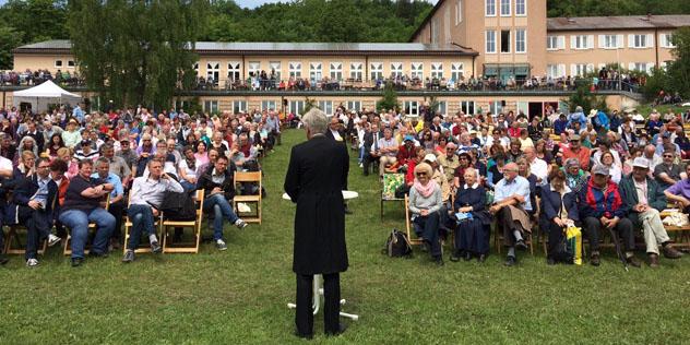 Landesbischof Heinrich Bedford-Strohm predigt auf dem Bayerischen Kirchentag 2015.