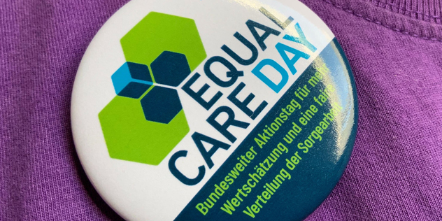 Sticker Equal Care Day 2020