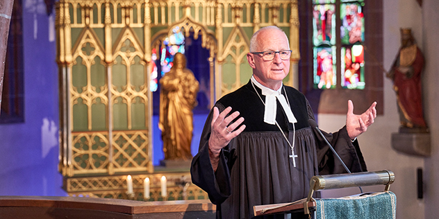 Dekan Klaus Stiegler predigt beim Jubiläumskongress Evangelischer Kindertagesstättenverband