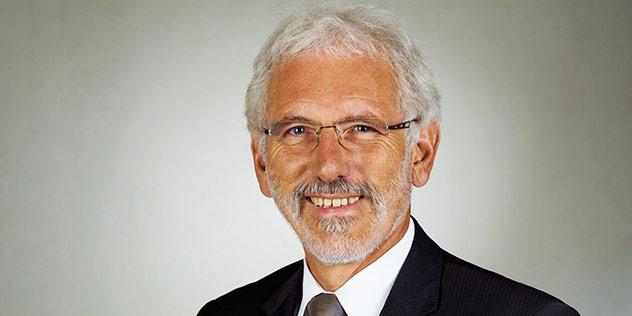 Diakonissenrektor Heinrich Götz wurde in Augsburg in den Ruhestand verabschiedet, © Diakonie Bayern