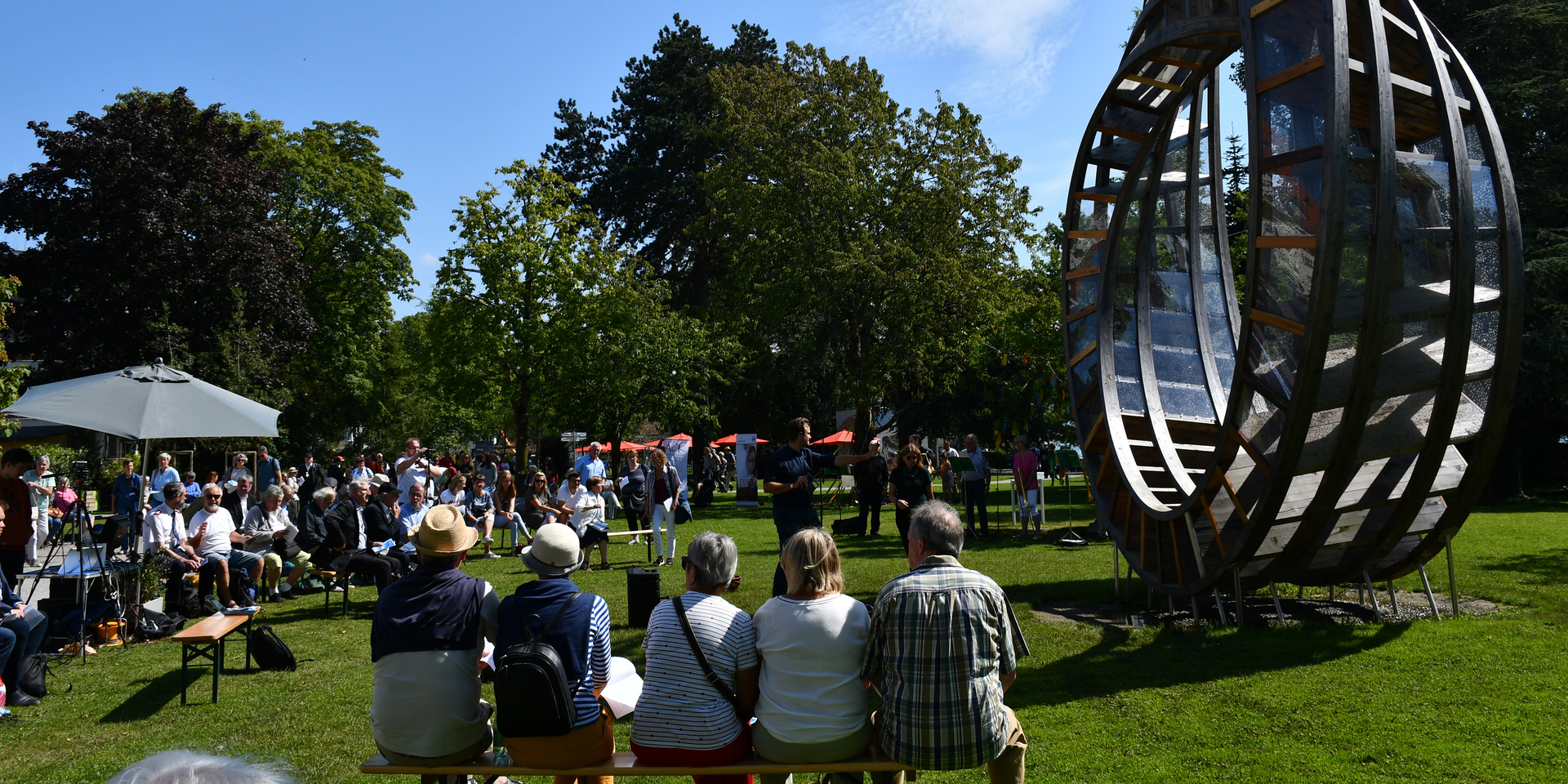 Mittagsgebet am 'ring for peace' in Lindau