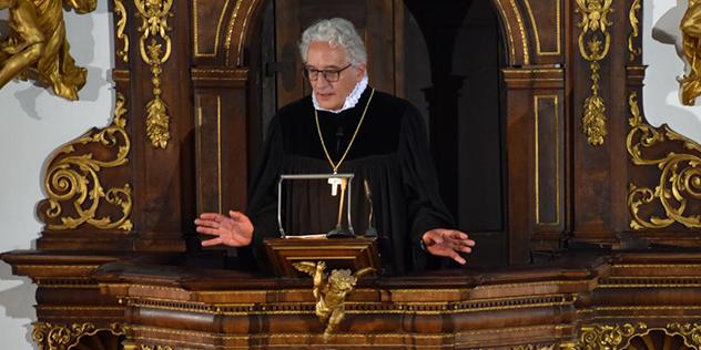 Der neue Augsburger Regionalbischof Axel Piper bei seiner Antrittspredigt in St. Ulrich, Augsburg