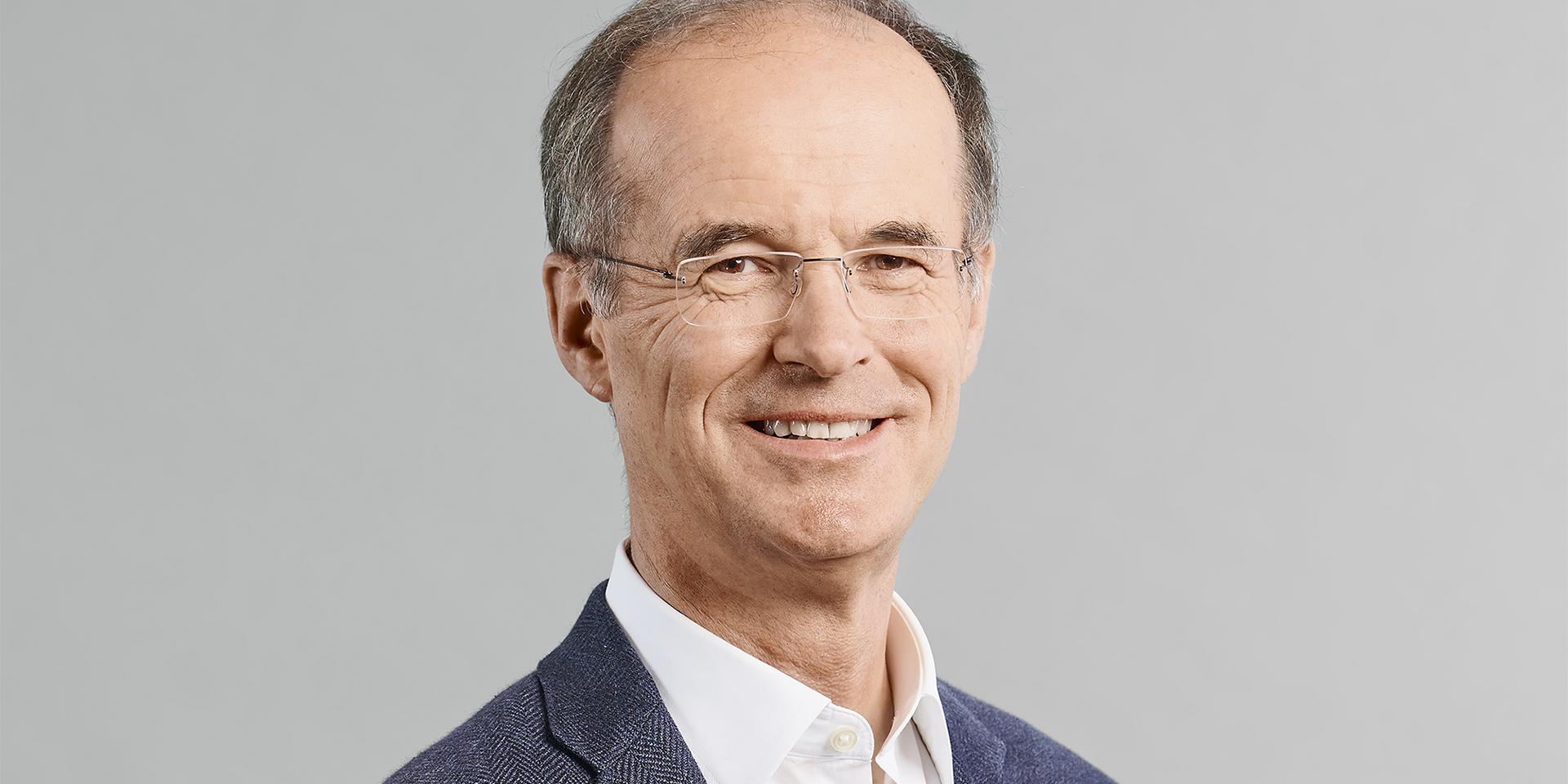 Dr. Nikolaus Blum