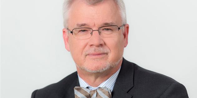 Dr. Stefan Ark Nitsche