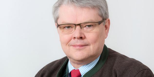 Dr. Hans-Christoph Oelker