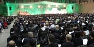 Ein Gottesdienst mit Tausenden von Menschen